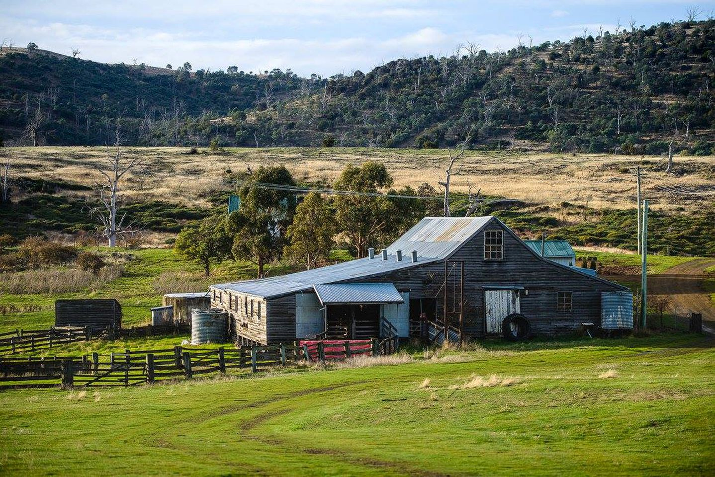Nature Lodges (Bothwell, Tasmania, Australia)