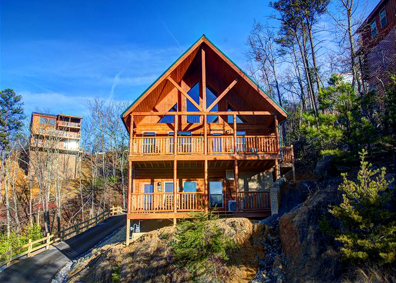 Luxury Dollywood cabins with indoor pools (Pigeon Forge, Tennessee, United States)