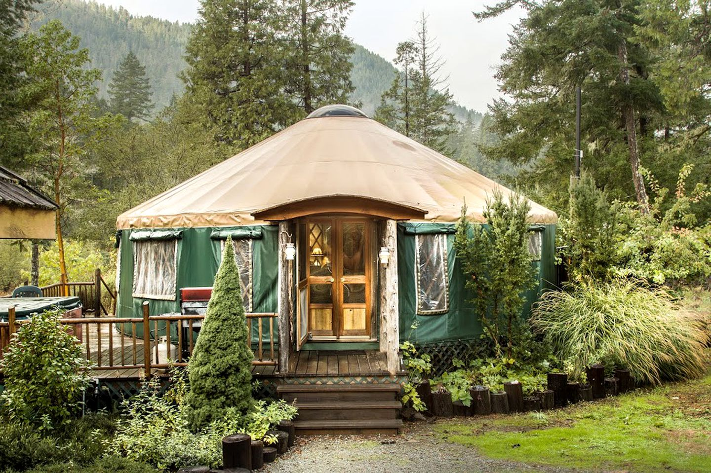 Luxury Yurt Northern California Luxury glamping nestled in the mountains. spacious pet friendly yurt in smith river national recreation area northern california