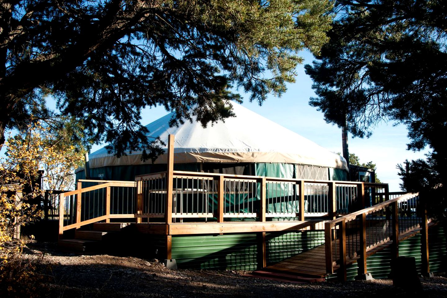 Yurts (Cedaredge, Colorado, United States)