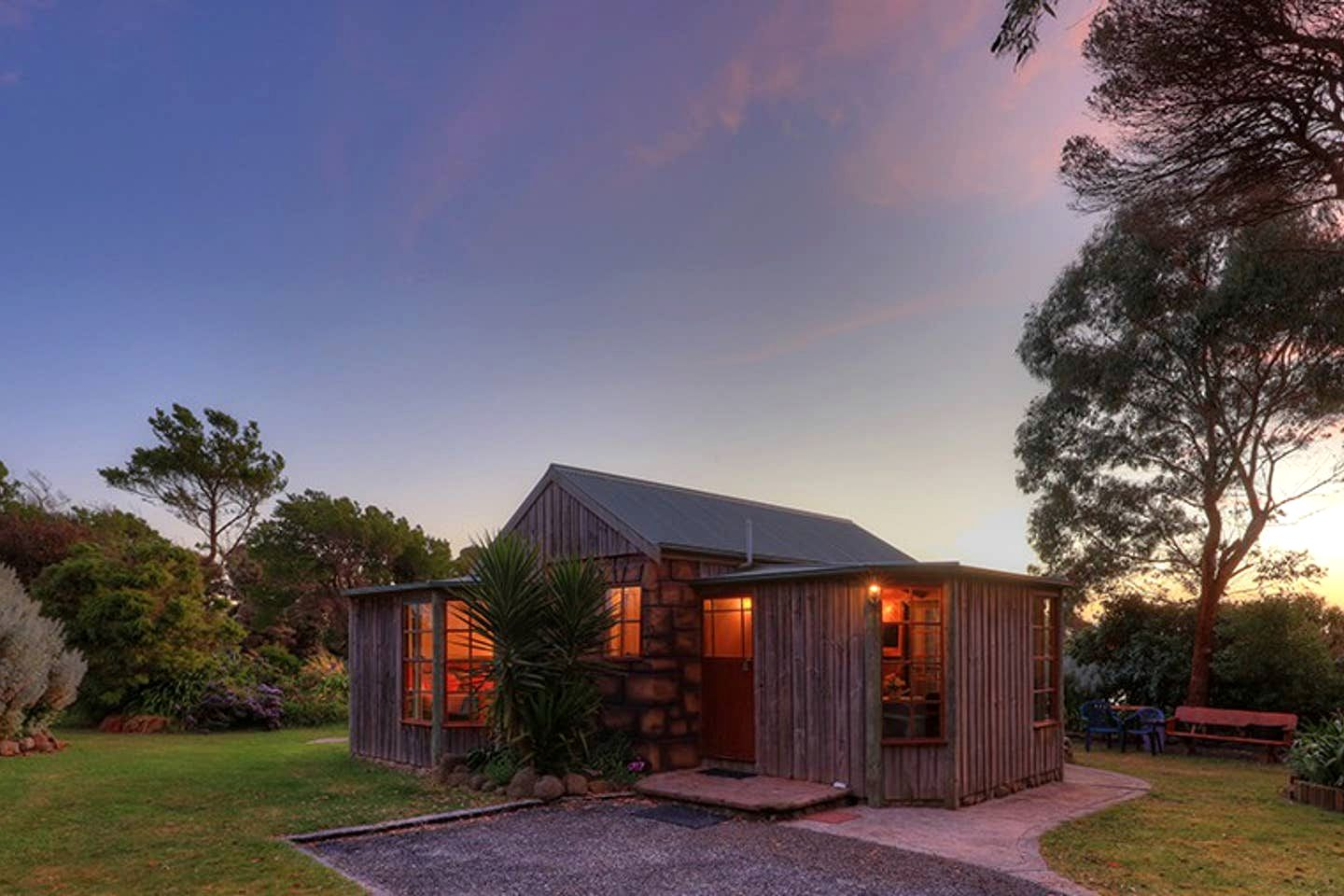 This lovely Arthur River accommodation is perfect for romantic getaways in Tasmania, thanks to its beauty and seclusion
