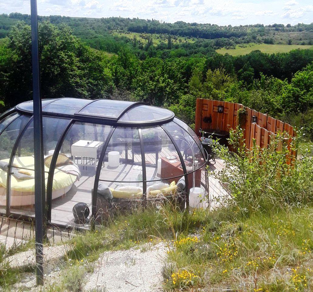 Bubbles & Domes (Labastide de Penne, Occitanie, France)