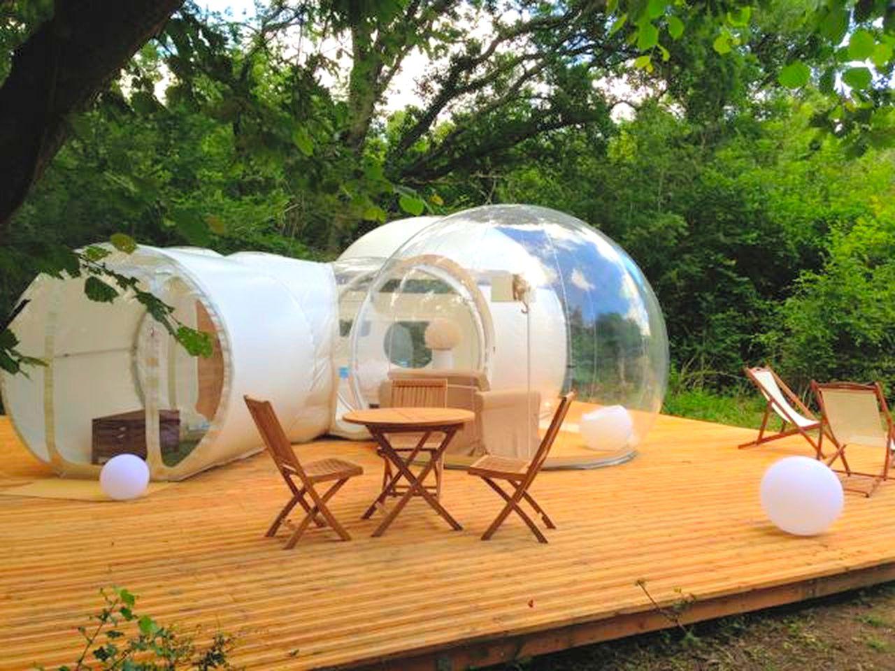 Bubbles & Domes (Pompignac, Nouvelle-Aquitaine, France)