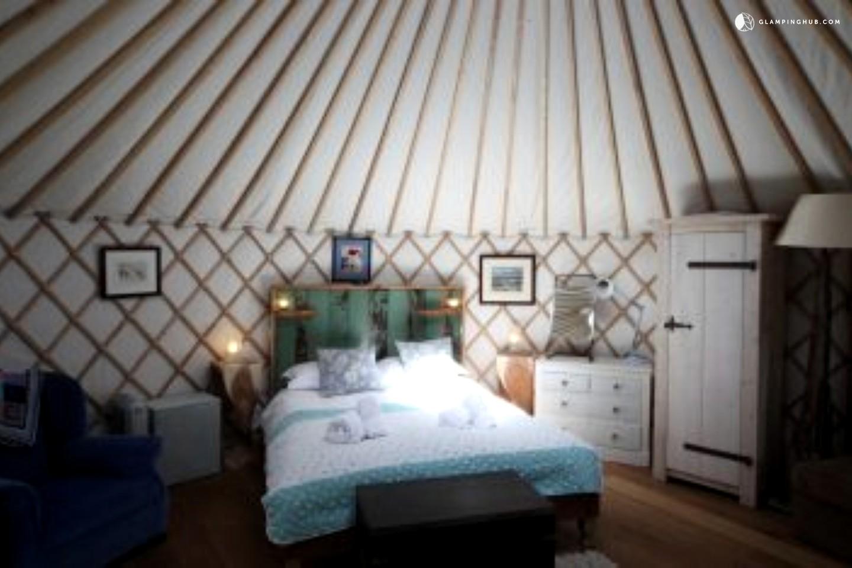 unique yurt rental in uk gling in the uk