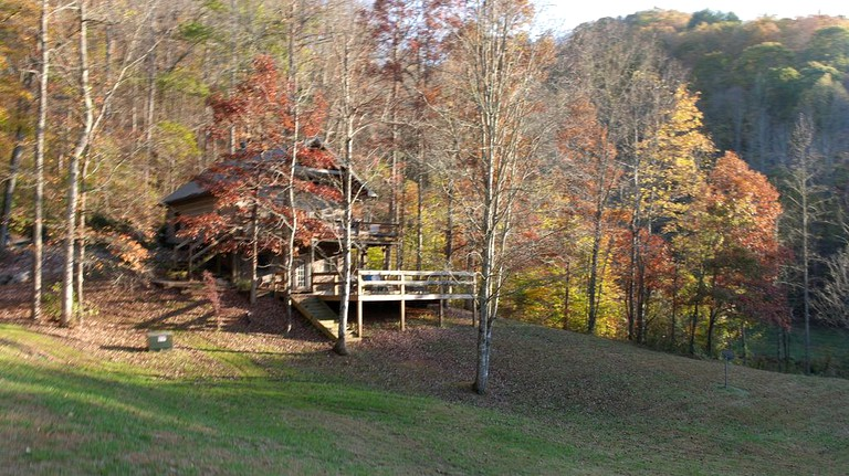 Rustic Cabin On A Woodland Farm In Tellico Plains Tennessee