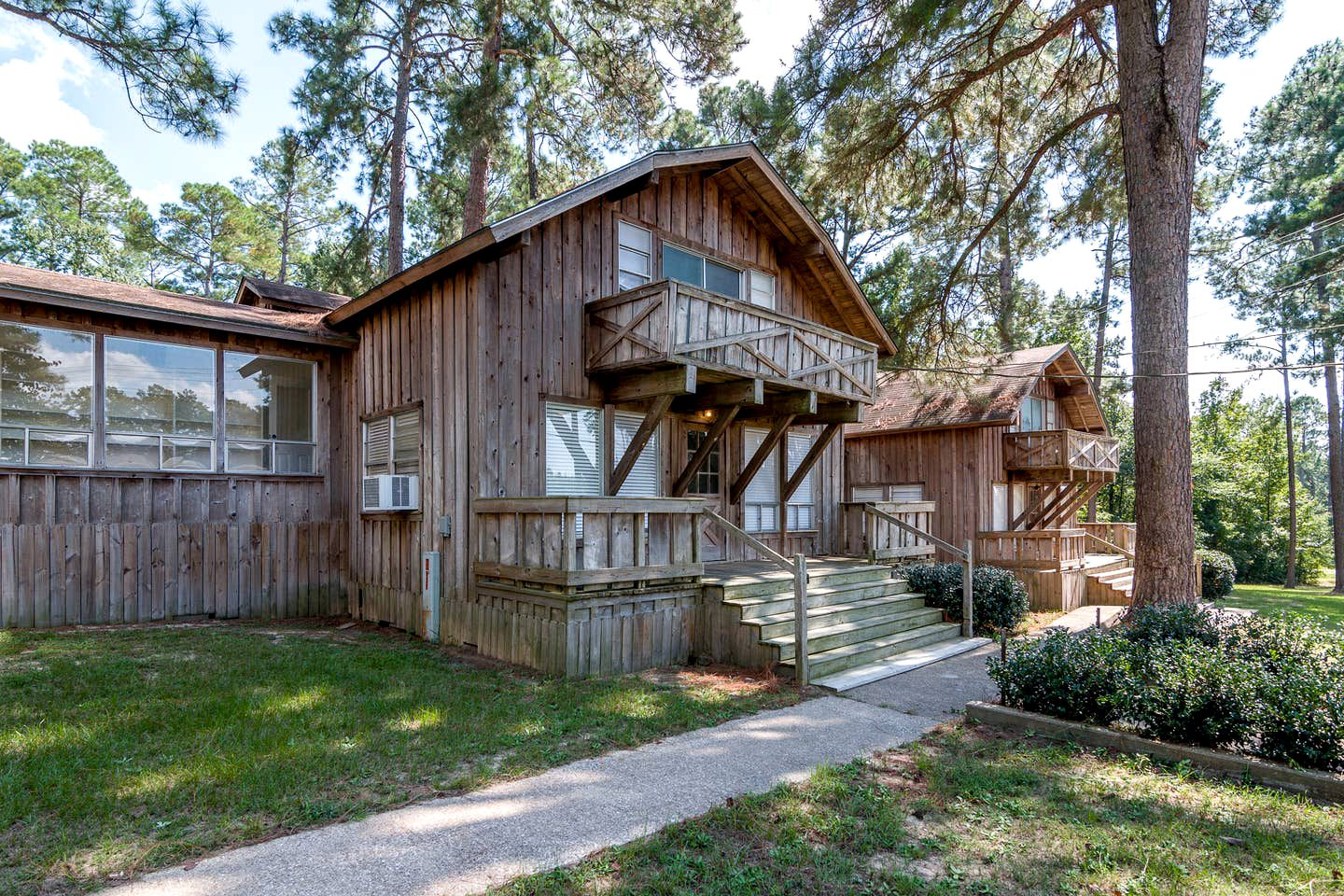 Family-friendly cabin rental for a Texas family vacation that you'll never forget.