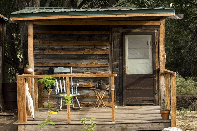cabin for a solo traveler near taos new mexico