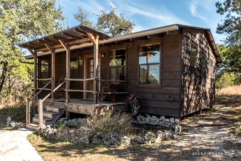 Fabulous Texas Hill Country Cabin With Outdoor Hot Tub In Wimberley Beutiful Home Inspiration Ommitmahrainfo