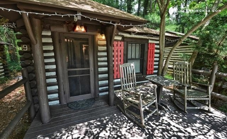 Log cabin rental in buncombe county north carolina for Asheville log cabin rentals