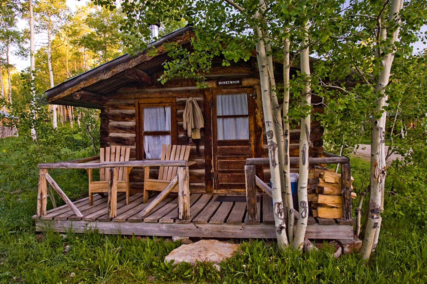Cabins (Columbine, Colorado, United States)