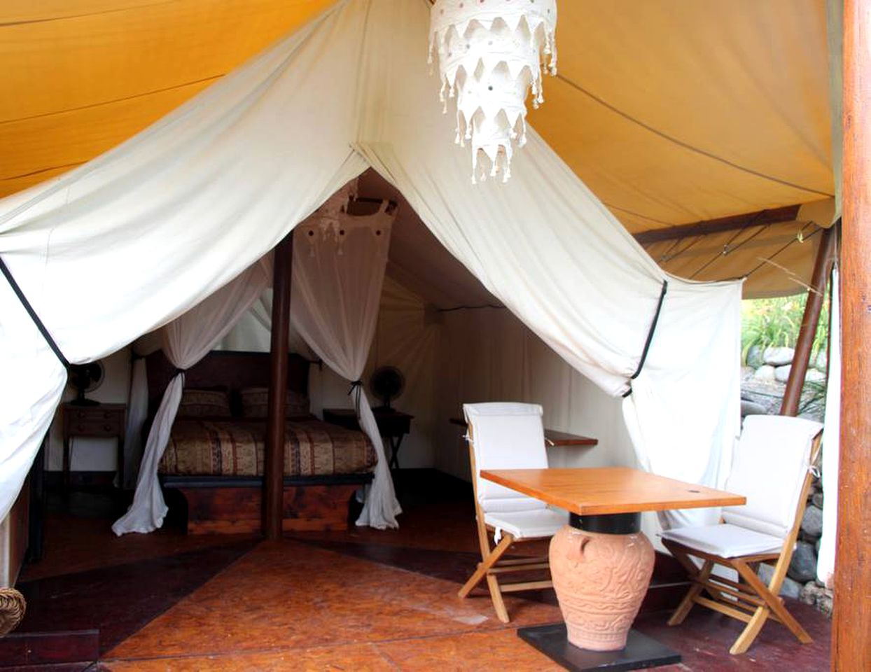 Safari Tents (Penticton, British Columbia, Canada)