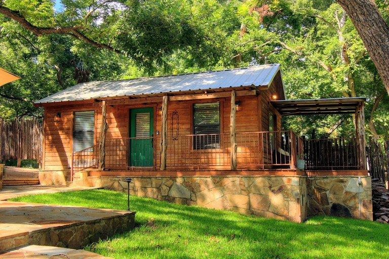 Rustic Riverfront Cabin Rentals Along The Guadalupe River In New Braunfels Texas
