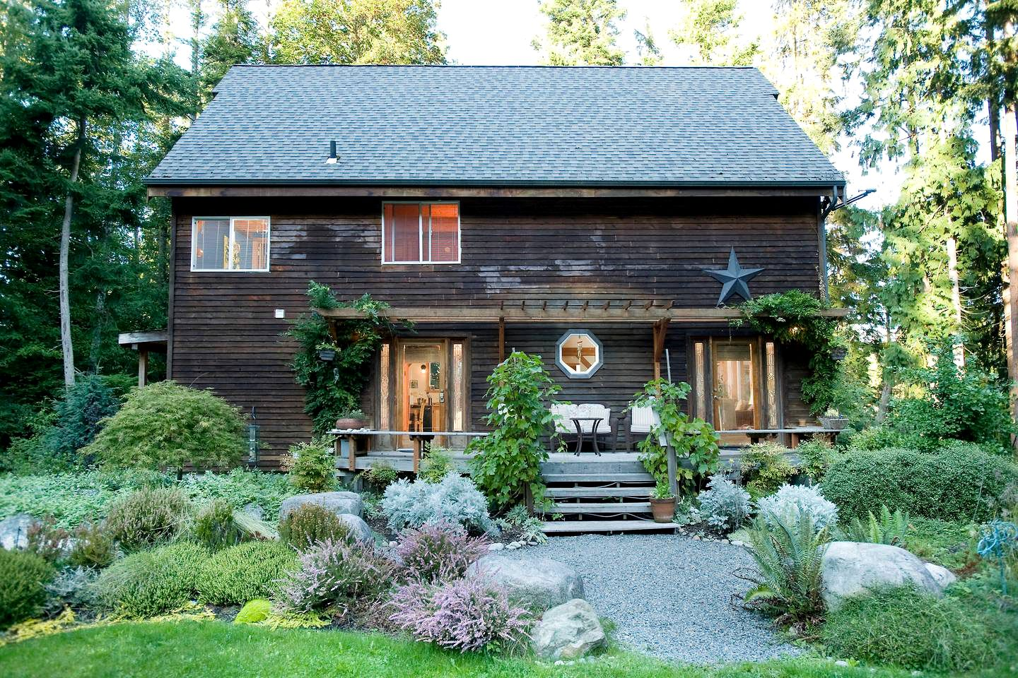 Cabins (Camano Island, Washington, United States)