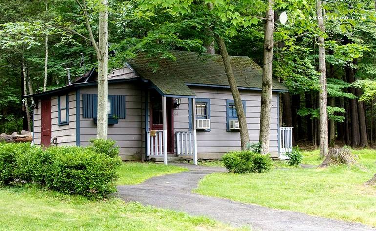 pet friendly vacation rental near shawangunk mountains new york