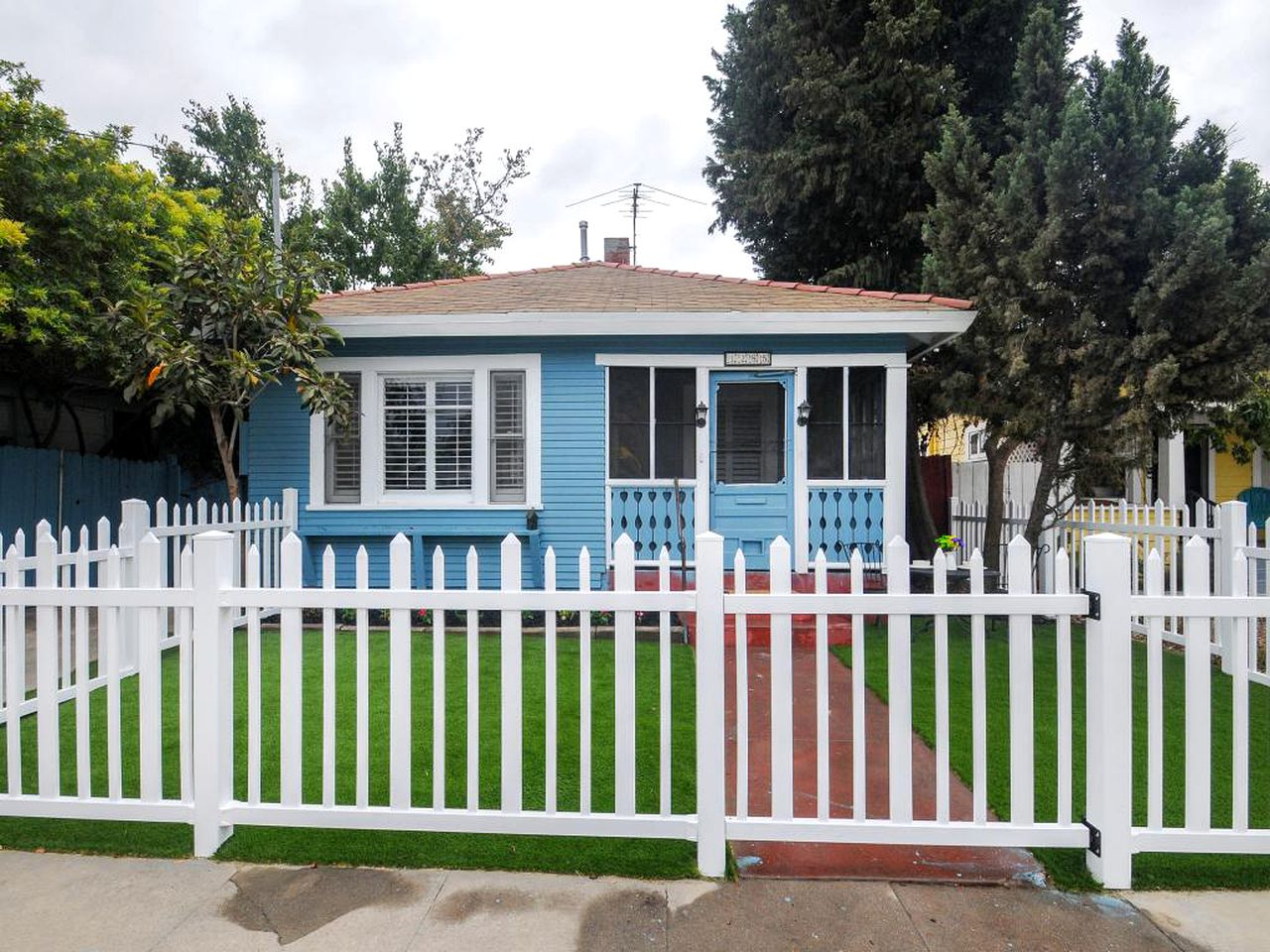 Cottages (San Diego, California, United States)