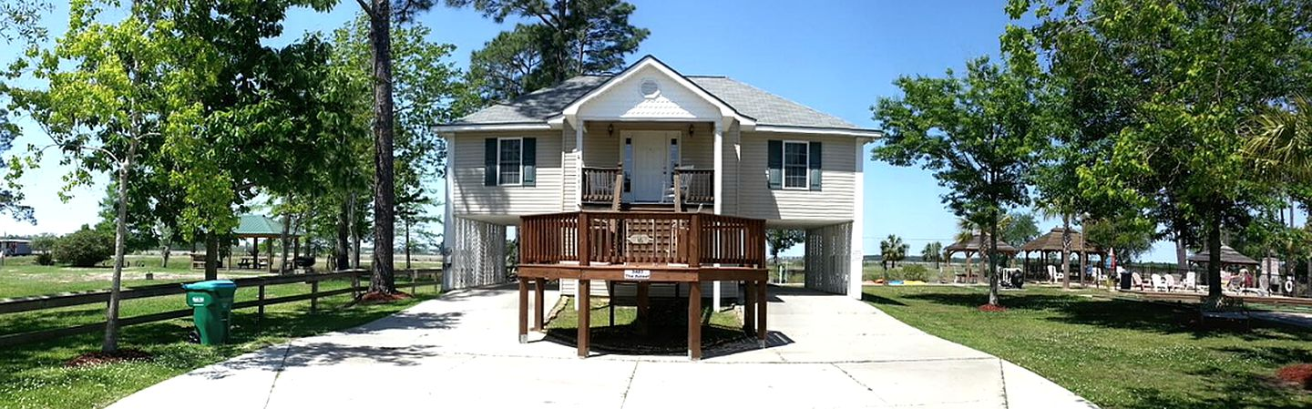 Vacation Rentals (Pass Christian, Mississippi, United States)