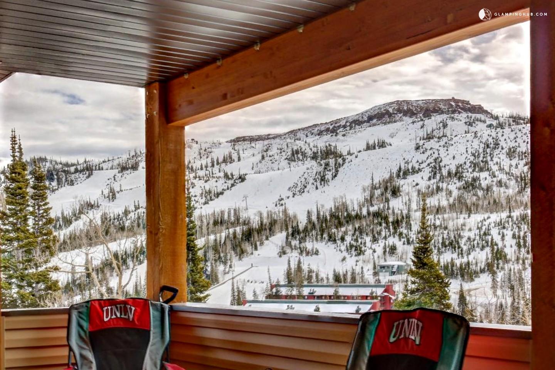 Cabin with ski access in brian head utah for Brian head ski resort cabin rental