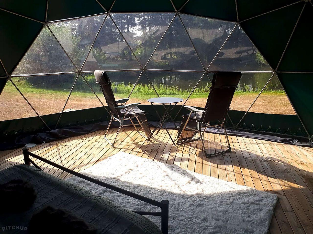 Bubbles & Domes (Aubigné-Racan, Pays de la Loire, France)