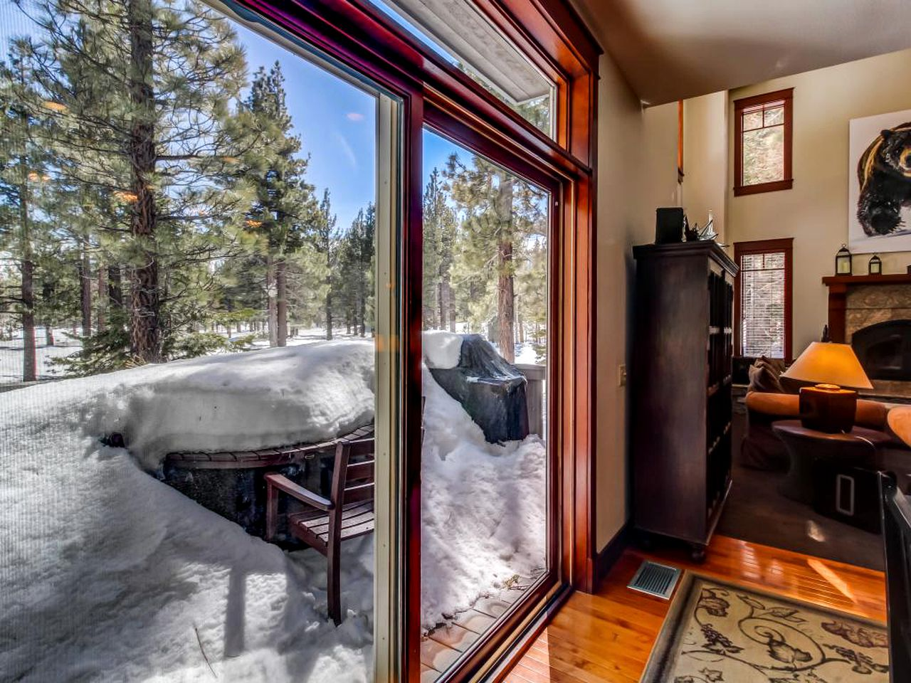 The cabin rental for winter getaways in Mammoth Lakes, California