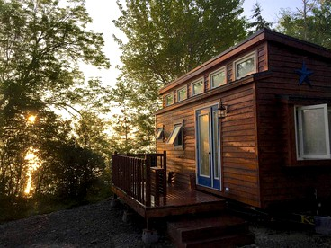 Groovy Luxury Camping In Cape Breton Island Glamping Hub Beutiful Home Inspiration Ommitmahrainfo