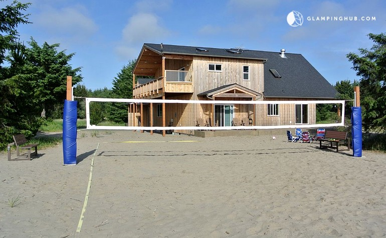 Amazing Luxury Cabin Rental With Beach View And Volleyball Court Near Long Beach Washington State Home Remodeling Inspirations Propsscottssportslandcom