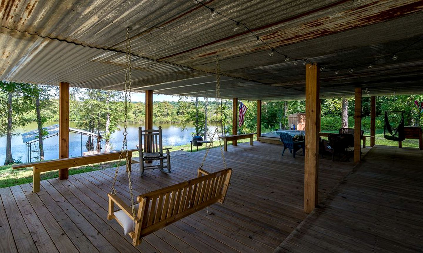 Cabins for the best Toledo Bend rentals & Louisiana getaways