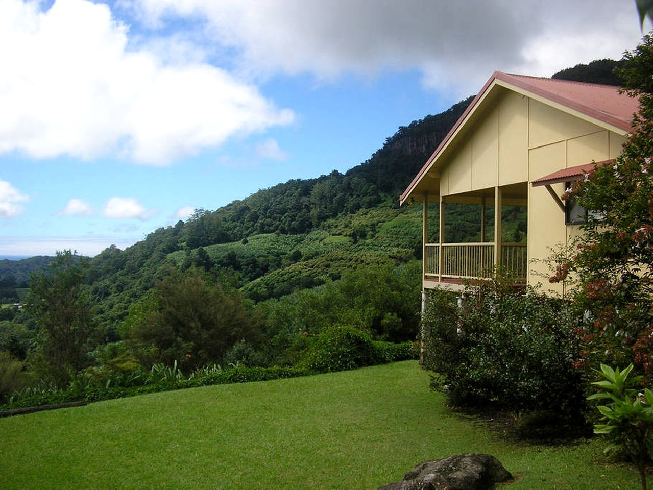 Cottages (Mullumbimby, New South Wales, Australia)