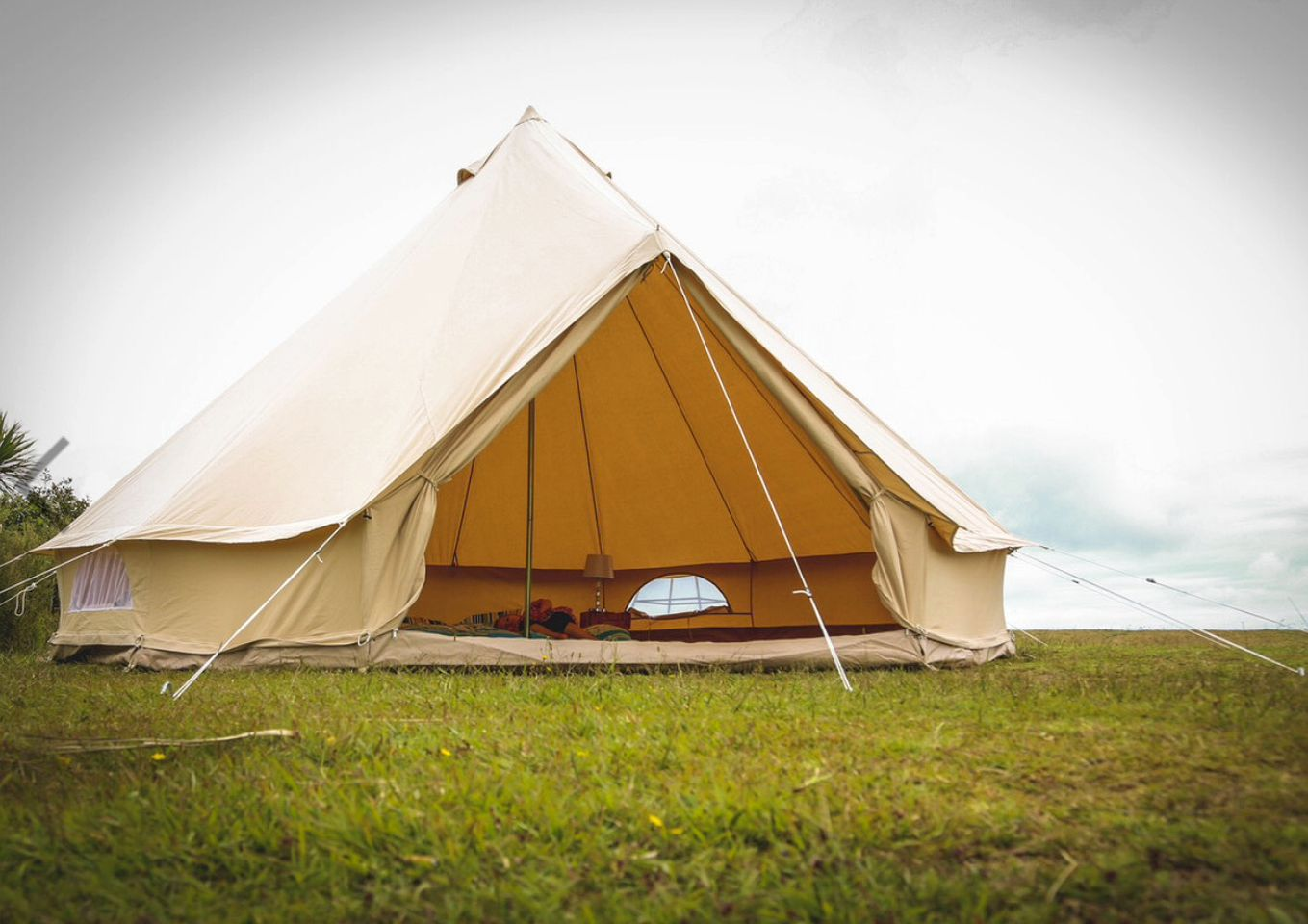 Bell Tents (Launceston, England, United Kingdom)