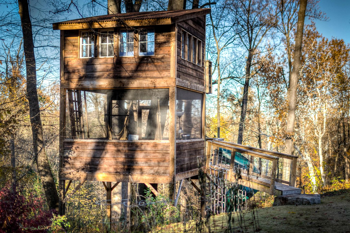 Tree houses for rent in Virginia.