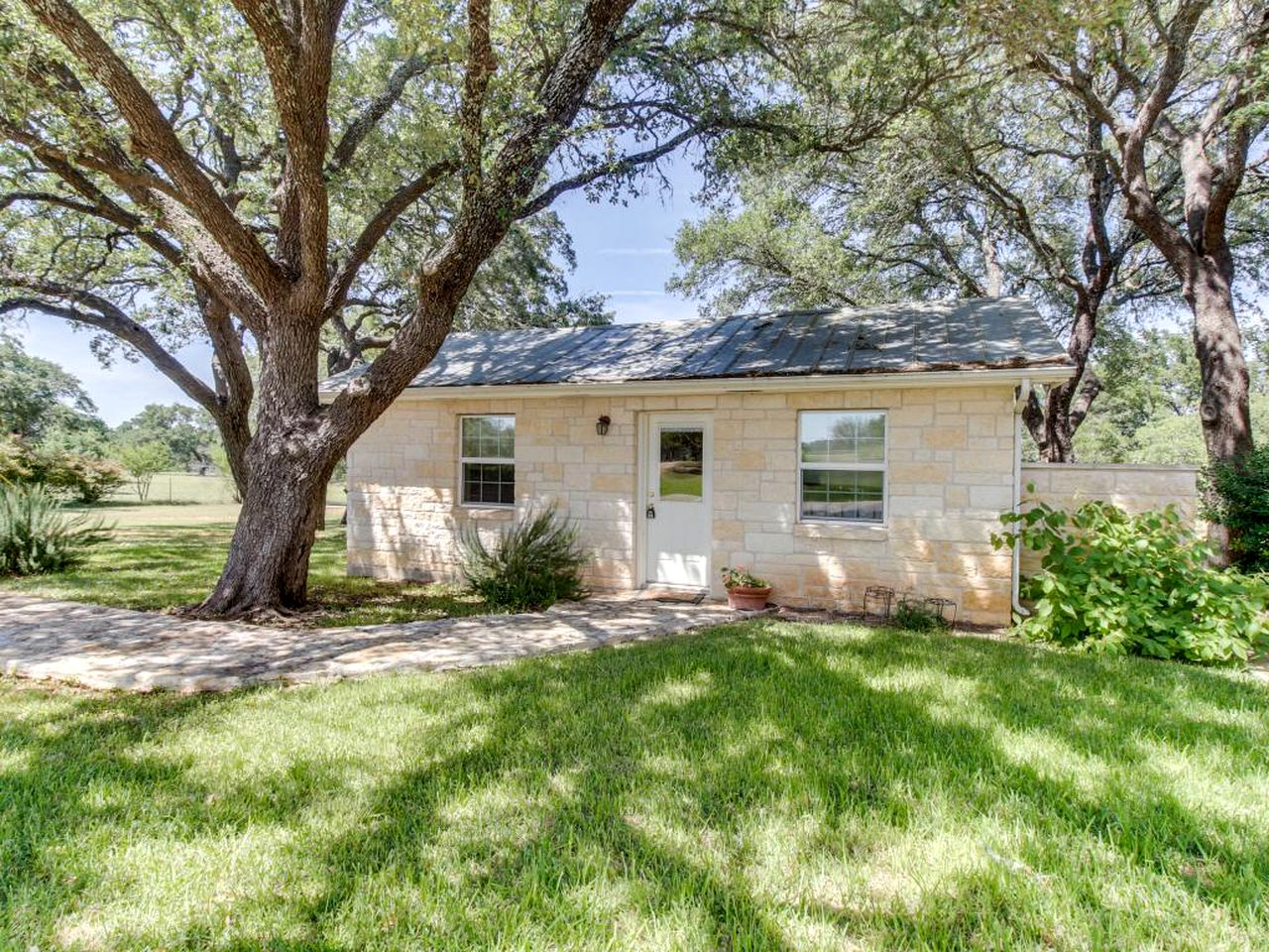 Cottages (Fredericksburg, Texas, United States)