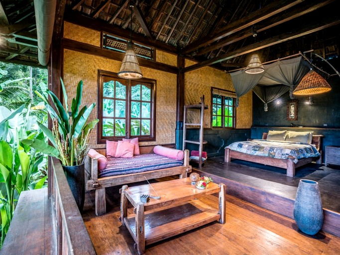 Tropical Jungle Bungalow In Rice Paddies Of Bali