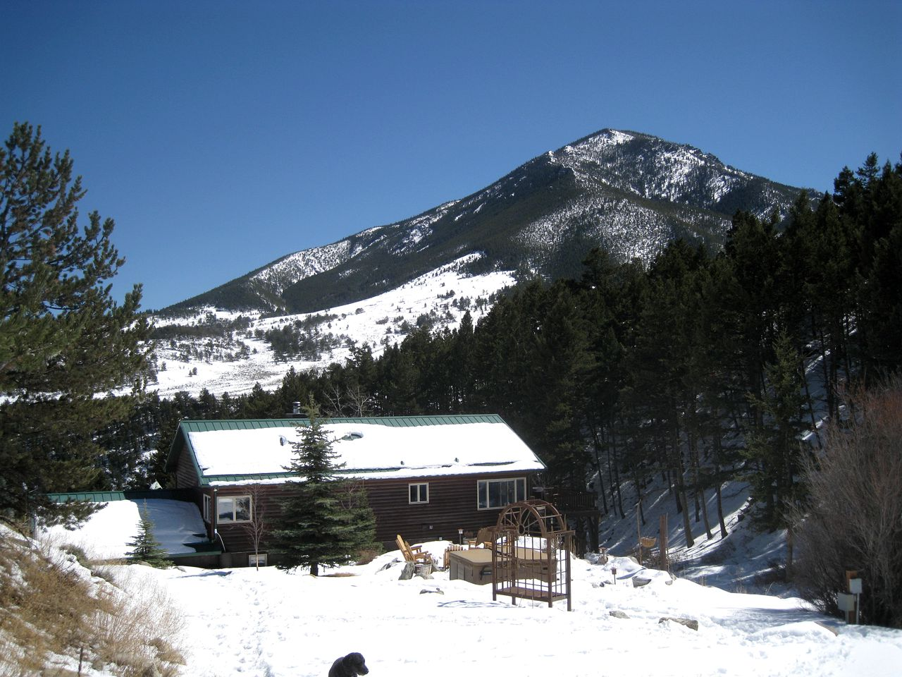 Log Cabins (Red Lodge, Montana, United States)