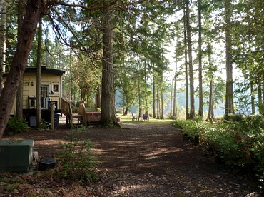 Cabooses   Caboose Glamping   Caboose Luxury Camping