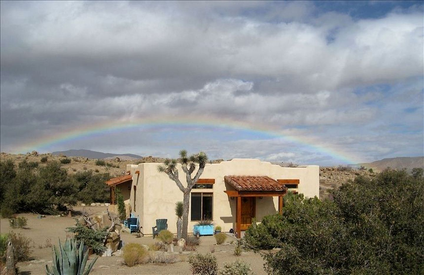 Vacation Rentals (Pioneertown, California, United States)