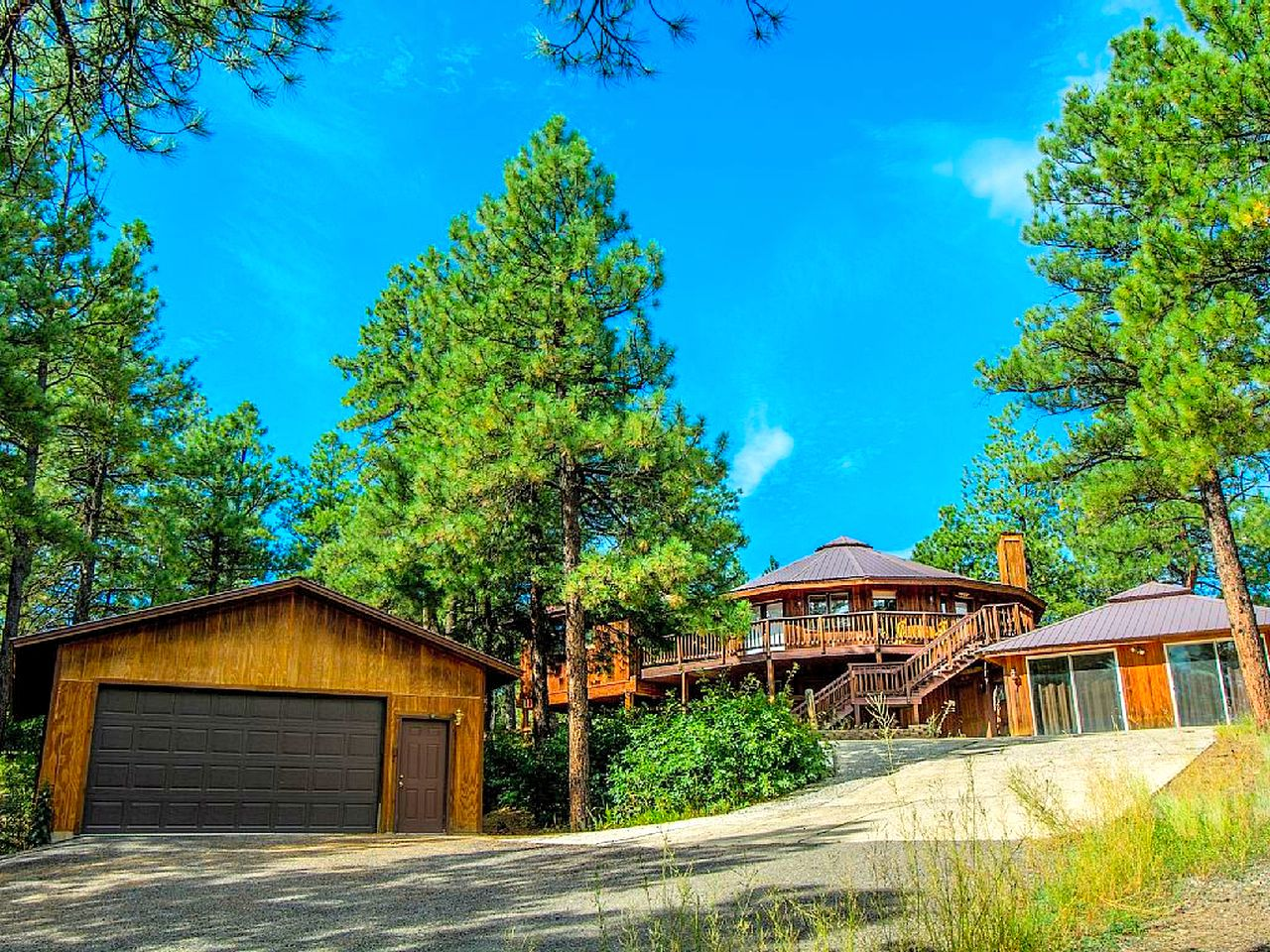 Cabins (Pagosa Springs, Colorado, United States)