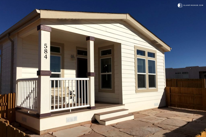 Cottage rental lake powell arizona for Powell house