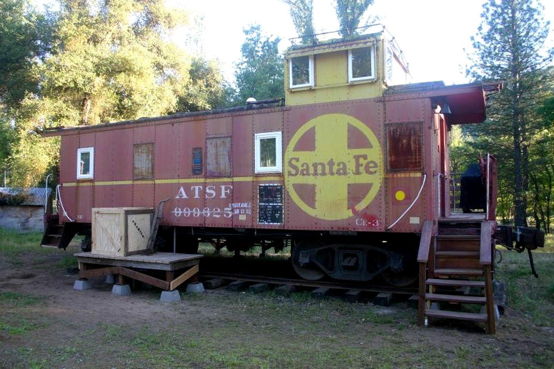 Lujoso Vagón Tren En Yosemite Glamping California