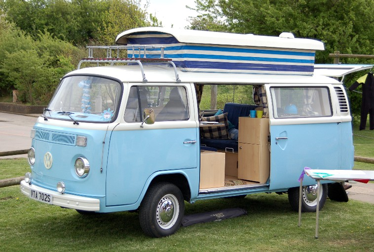 Awesome Vintage Vw Campervan Rentals Surrey Uk Theyellowbook Wood Chair Design Ideas Theyellowbookinfo