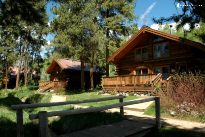 Colorado springs mountain cabin rentals for Cabin rental colorado springs