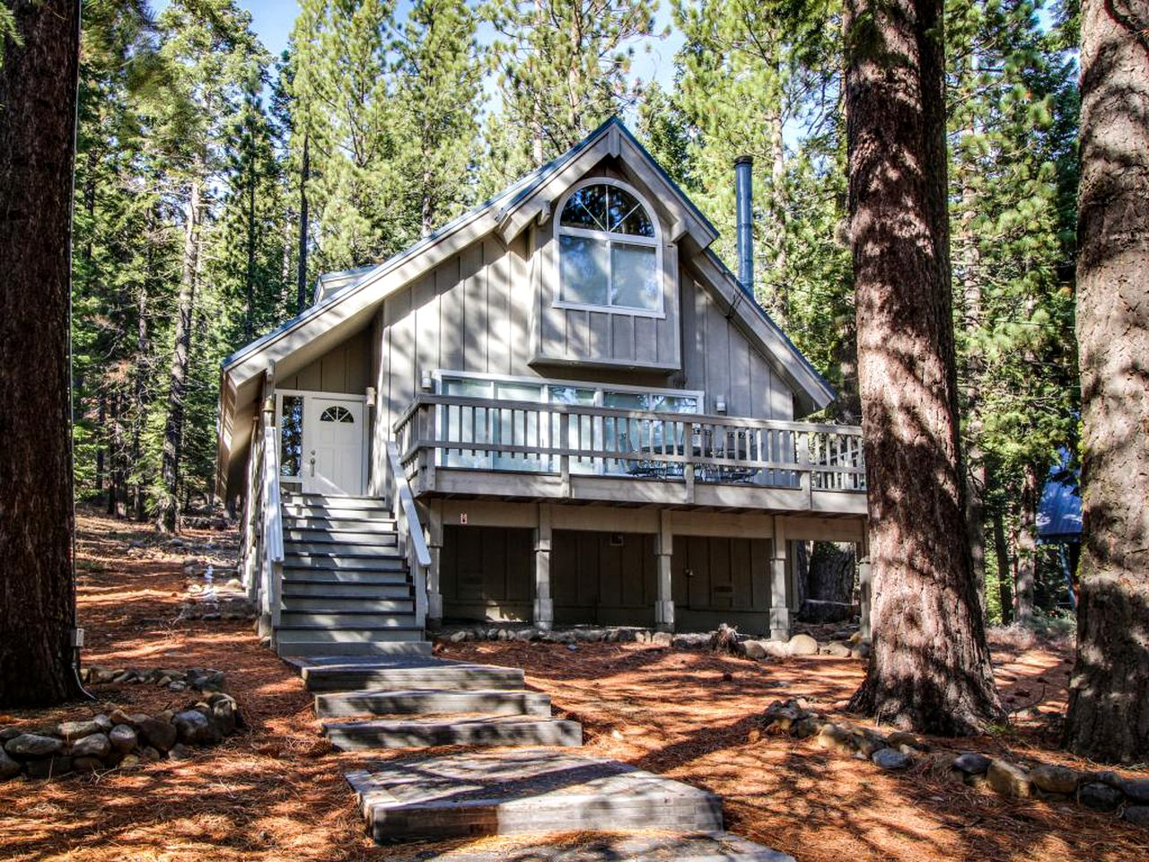 Cabins (Tahoe City, California, United States)