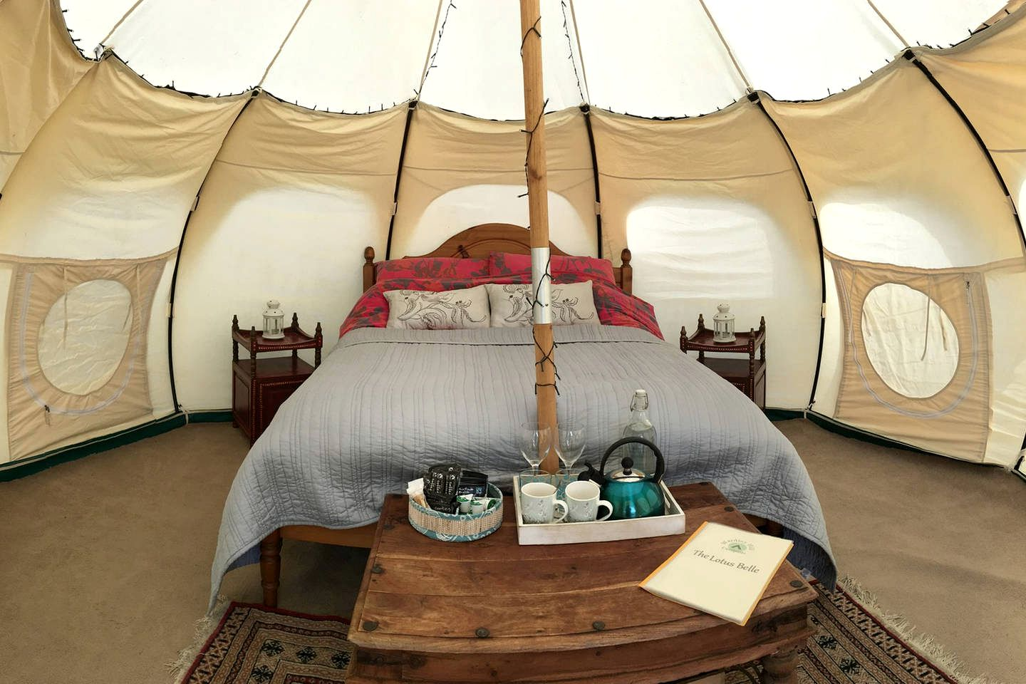 Unique Camping ,Bell Tent for a Romantic Getaway (Bungay, England, United Kingdom)