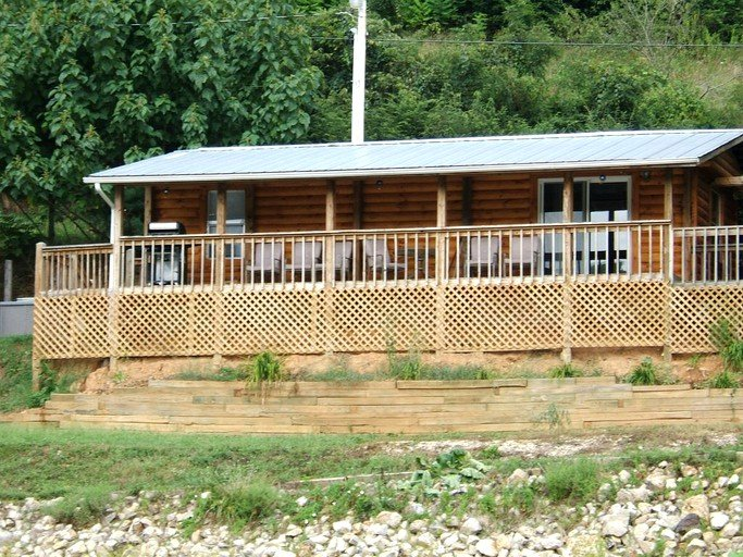 Pet Friendly Cabin Rental With Boat Slip On Watauga Lake In Butler Tennessee