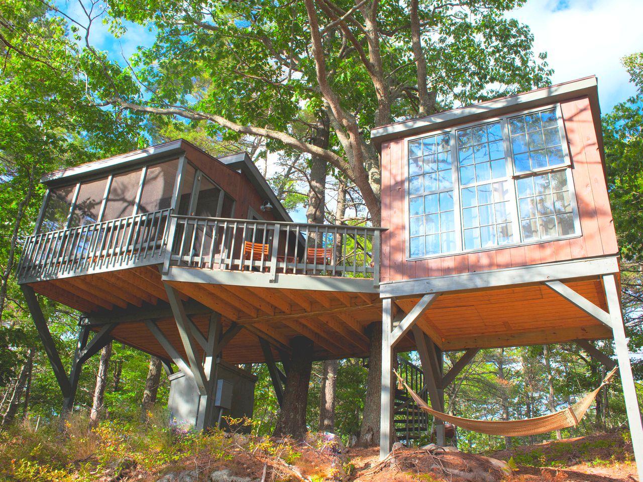 Tree House Rental Brunswick Maine Glamping Hub