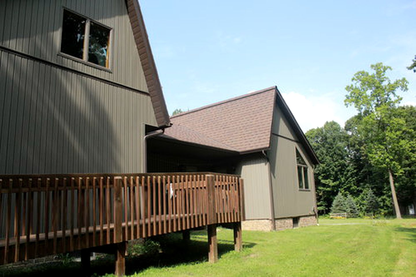 Nature Lodges (Jamestown, Pennsylvania, United States)