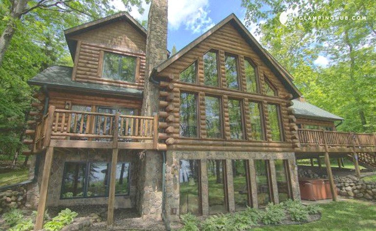 Cabin rental on round lake in northern wisconsin for Northwoods wisconsin cabin rentals