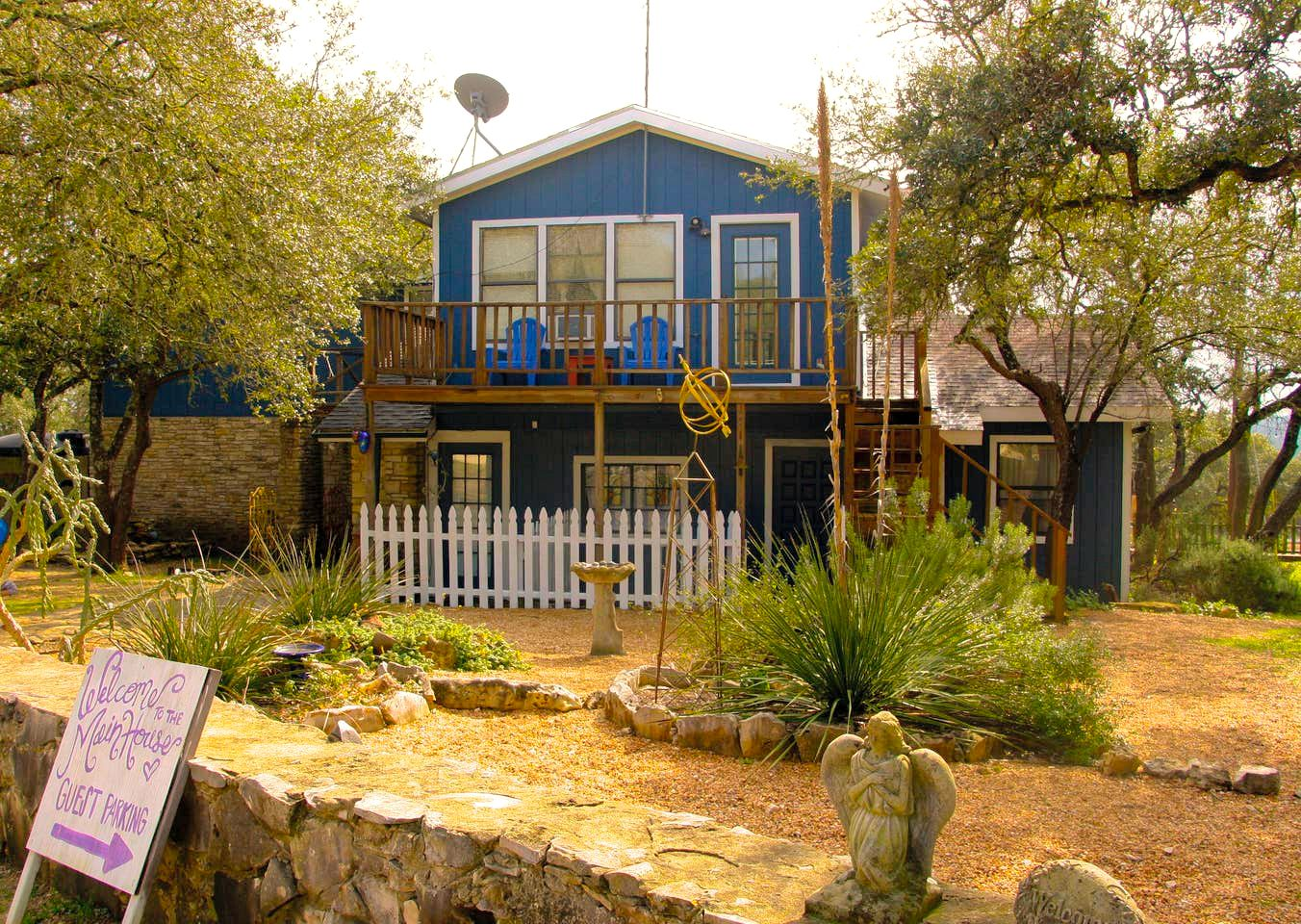 Wimberley accommodation for big group getaways close to all the Wimberley attractions.