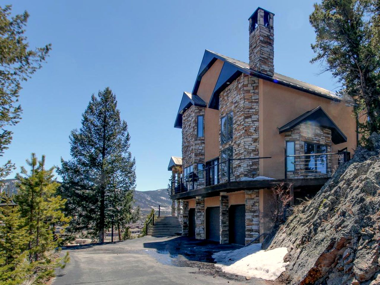Villas (Dillon, Colorado, United States)