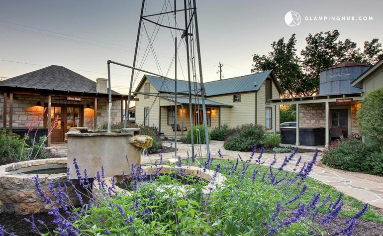 Wine Country Cottage Rental In Texas