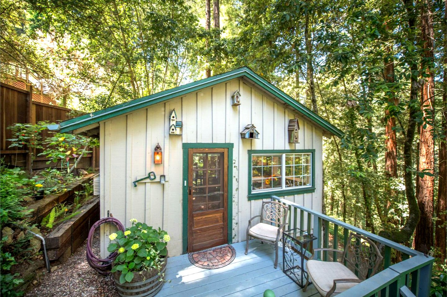 Cottages (Guerneville, California, United States)
