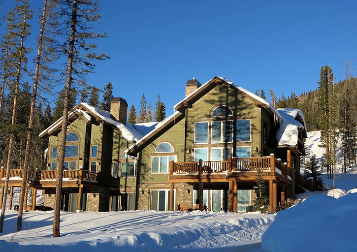 Luxurious Ski Cabin with a Private Hot Tub and Sauna in Fraser Valley,  Colorado